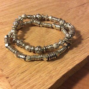 Marlyn Schiff silver metal stretch bracelet set